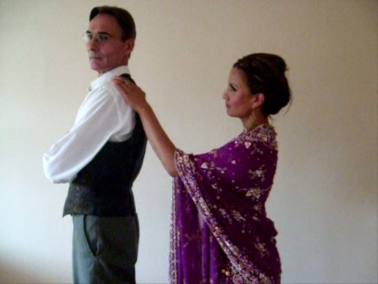 Click to view Gary and Geeta 002.jpg full size